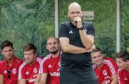 Tusem-Trainer Carsten Isenberg will den Klub dauerhaft in der Bezirksliga halten.