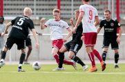Joshua Endres von Rot-Weiss Essen im Testspiel gegen Eintracht Rheine.