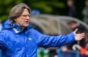 Schalkes U19-Trainer Norbert Elgert.