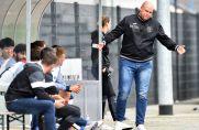 Herne-Trainer Christian Knappmann stand auch im Auswärtsspiel beim ASC 09 mit leeren Händen da.