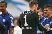 Standen schon früher (hier im Oktober 2015) gemeinsam für Schalke auf dem Platz: Ralf Fährmann und Klaas Jan Huntelaar.