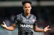 Ex-RWE-Spieler Ayodele Adetula jubelt über seinen Treffer zum 3:0 im Derby bei RWO im Jahr 2019.