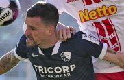 VfL Bochums Simon Zoller (links) setzt sich im Kopfballduell durch.