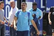 Schalkes Nassim Boujellab (vorne).