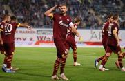Schalke siegt in Rostock: Fans feiern Terodde und Aydin