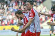 2. Bundesliga: Jahn Regensburg bleibt Spitzenreiter