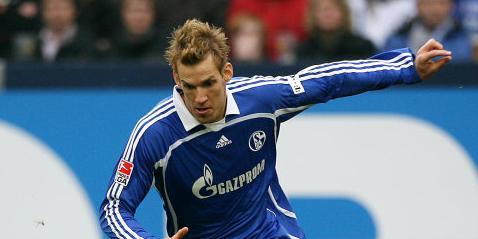 Schalkes Sören Larsen würden keine Wechselsteine in den Weg gelegt werden (Foto: firo).