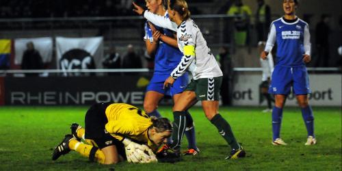 Frauen: FCR gewinnt Revier-Derby mit 3:1