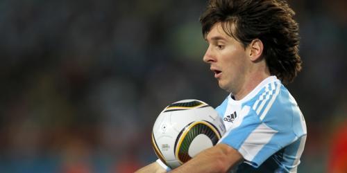 International: Messi mit Traumtor, Klatsche für Spanien