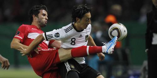 Özil: DFB-Elf als Integrations-Vorbild