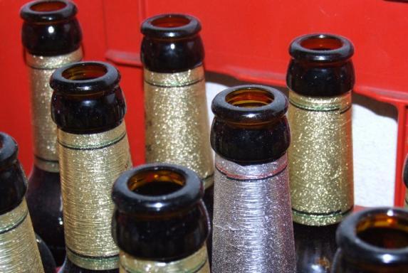 Bierkiste, leere Flaschen, Kasten bier, Bierkiste, leere Flaschen, Kasten bier