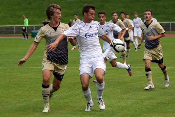 RUHR-Cup International 2012, Tin Jedvaj (GNK Dinamo Zagreb, links), Michael Smykacz (FC Schalke 04), RUHR-Cup International 2012, Tin Jedvaj (GNK Dinamo Zagreb, links), Michael Smykacz (FC Schalke 04)