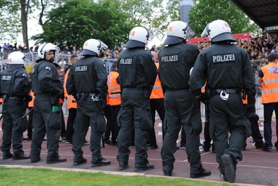 stadion, RWO, Polizei, Sicherheit, stadion, RWO, Polizei, Sicherheit