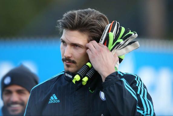 Fabian Giefer, Training FC Schalke 04.