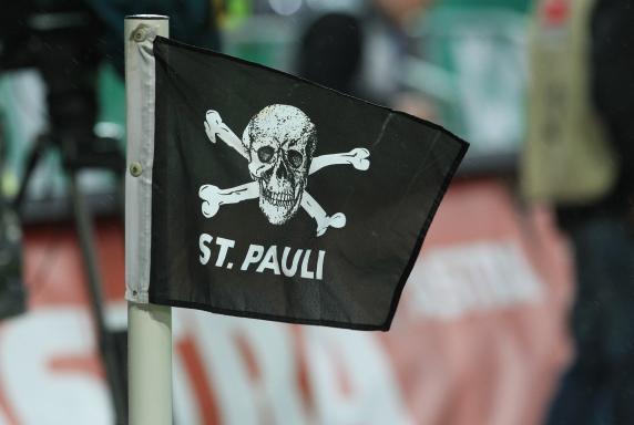 FC St. Pauli, Eckfahne, Millerntor, Symbolbild, Saison 2013/14, FC St. Pauli, Eckfahne, Millerntor, Symbolbild, Saison 2013/14