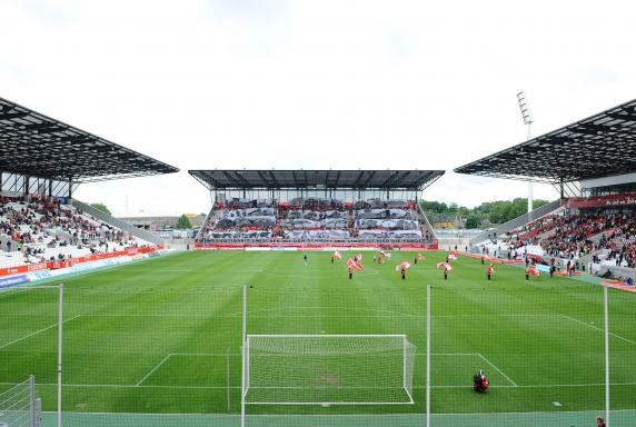 Fans, Rot-Weiss Essen, RWE, Stadion Essen, Saison 2013/14, Fans, Rot-Weiss Essen, RWE, Stadion Essen, Saison 2013/14