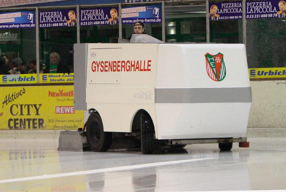 Herner EV, Saison 2014 / 2015, Gysenberghalle, Eismaschine, Herner EV, Saison 2014 / 2015, Gysenberghalle, Eismaschine