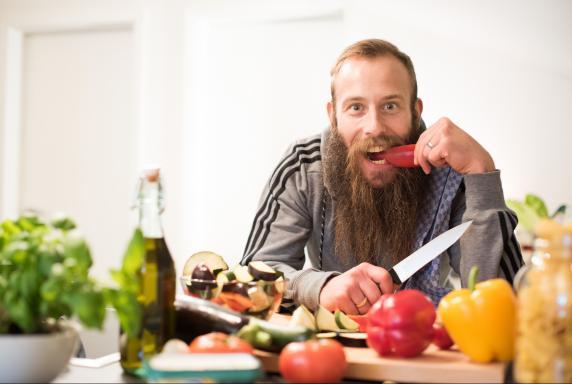 Darmstadt: Sailer sucht 30 Profis, die vegan essen