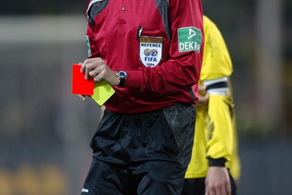 Schiedsrichter, Gelb-Rote Karte, Schiedsrichter, Gelb-Rote Karte