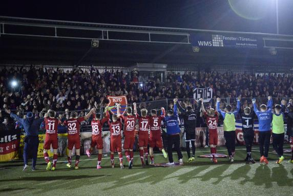 OL NR: Tönnies gratuliert dem KFC Uerdingen zum Aufstieg ...