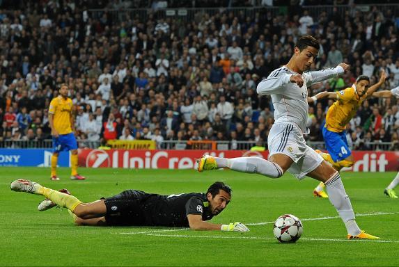 Ronaldo, buffon, Ronaldo, buffon