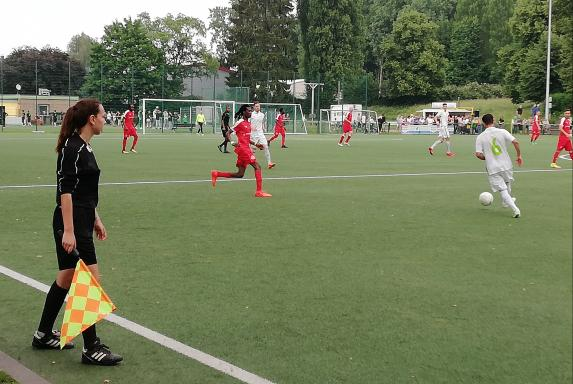 Landesliga-Aufstieg: Solingen setzt sich vor Eller durch