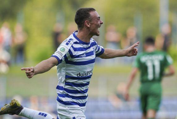 U19-Bundesliga West: Marcello Romano bejubelt das 2:0 im Derby gegen den VfL Bochum.