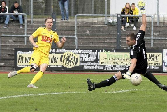 Dawid Ginczek (links) will mit dem DSC Wanne-Eickel wieder um den Aufstieg mitspielen.