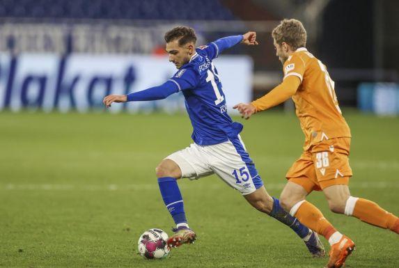 Die Leihe des Schalkers Ahmed Kutucu (links) zu Heracles Almelo soll dem S04-Stürmer in dieser Saison mehr Einsatzzeiten bescheren.