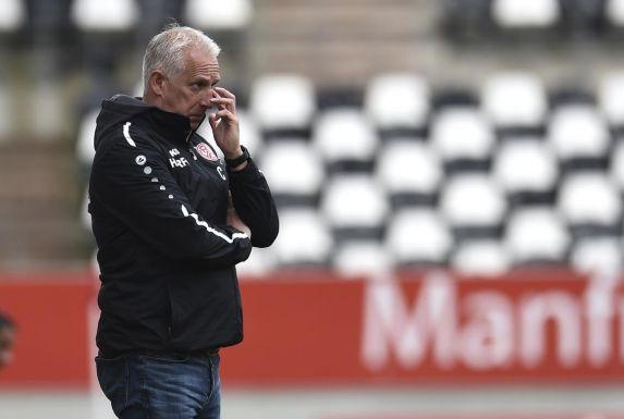 Christian Neidhart, Trainer von Rot-Weiss Essen, will mit seiner Mannschaft den BVB II noch überholen.