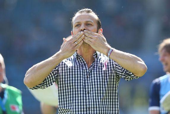 Peter Peschel freut sich mit dem VfL über den Aufstieg.