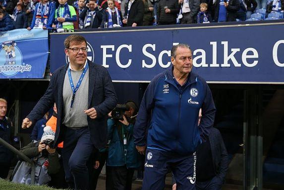 Thomas Spiegel (links), hier neben Jahrhunderttrainer Huub Stevens, kehrt in neuer Funktion zu Schalke 04 zurück.