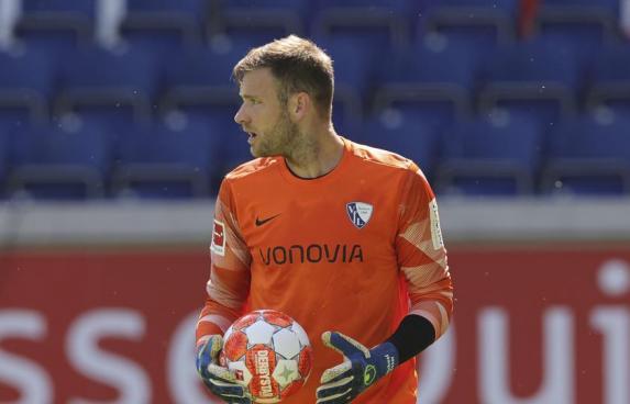 VfL-Keeper Michael Esser fällt vorerst aus. Foto: firo