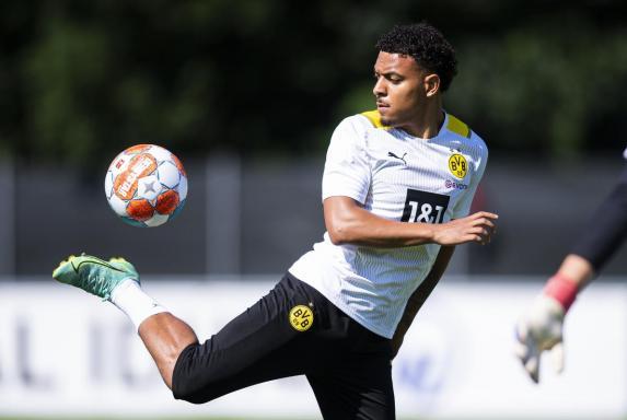 BVB: Neuzugang Malen lernte Fußball dank seiner Oma