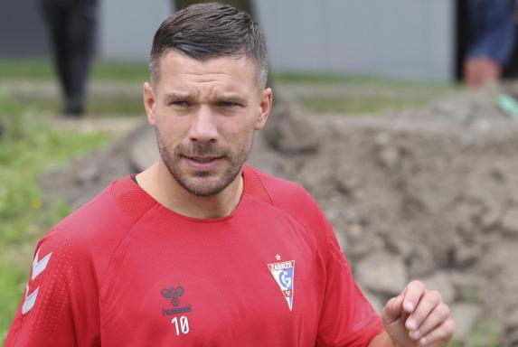 Polen: Podolski mit misslungenem Debüt, Ex-BVB-Spieler im Gespräch