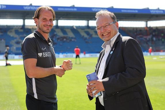 Bildet mit Coach Rüdiger Rehm (links) beim SV Wehen Wiesbaden ein eingeschworenes Duo: Geschäftsführer Nico Schäfer.