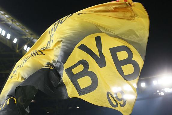 Dortmund: BVB-Frauen bei Premiere von 1300 Fans gefeiert