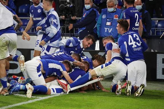 Schalke: S04 begeistert Fans mit Klassiker-Liedgut