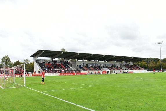 In Lippstadt: So viele RWE-Fans dürfen dabei sein
