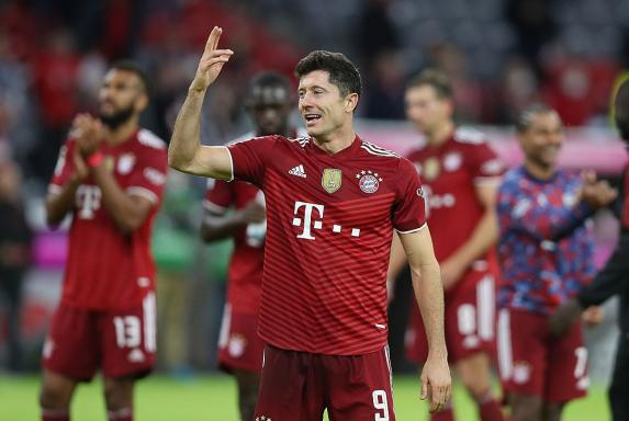 "Bester Torjäger in Europa: Lewandowski erhält ""Goldenen Schuh"""