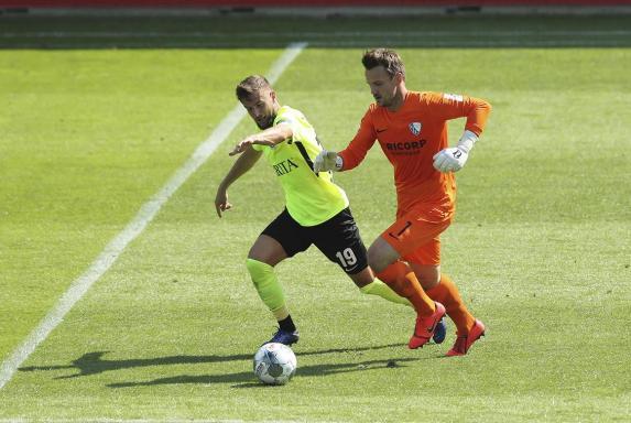 Michel Niemeyer (links) spielte in der 2. Liga mit dem SV Wehen-Wiesbaden bereits gegen Manuel Riemann vom VfL Bochum.