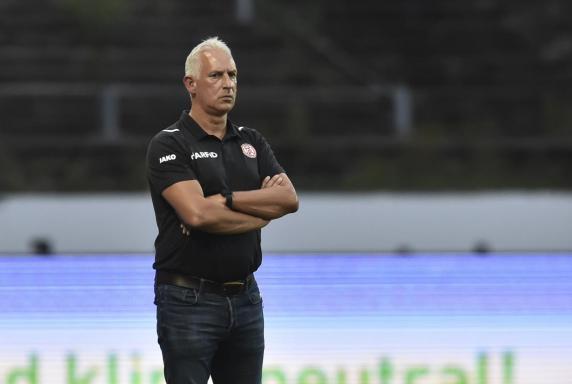 """RWE-Trainer über RWO: """"Bezahlen auch nicht mit Knöpfen"""""""