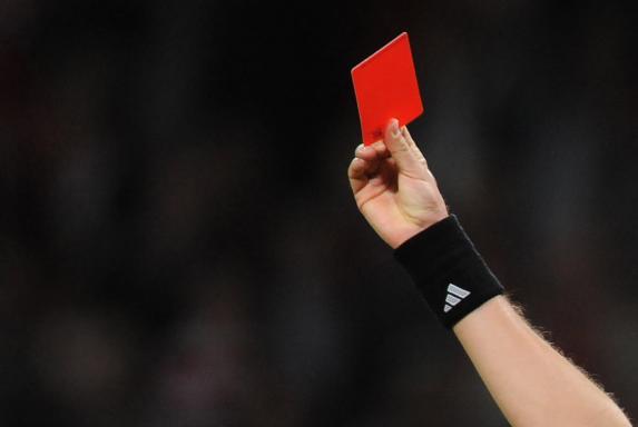 Schiedsrichter, platzverweis, Rote Karte, Schiedsrichter, platzverweis, Rote Karte