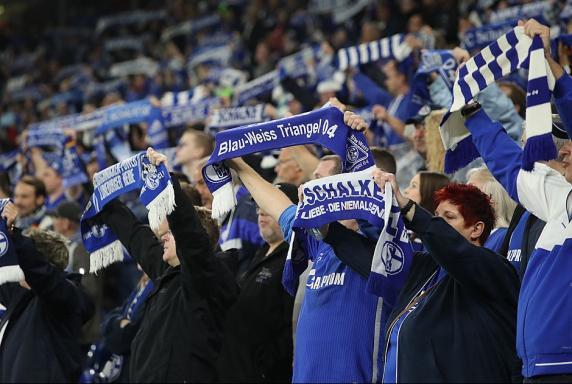 Schalke: So geht es mit den Dauerkarten weiter